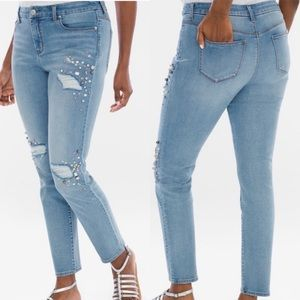 Chico's Crystal So Slimming Girlfriend Ankle Jeans